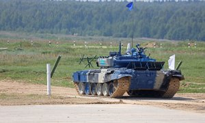 Казахстанский экипаж победил в заезде Танкового биатлона