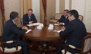 Губернатор Омской области поддержал идею создания казахского культурного центра